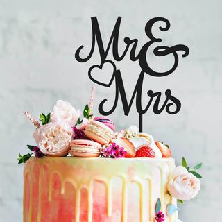 Cake Topper - Mr & Mrs in Black or White