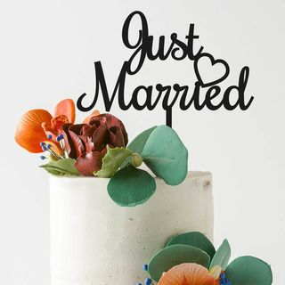 Cake Topper - Just Married in Black or White