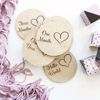 Baby Milestone Cards - Hearts in Circles
